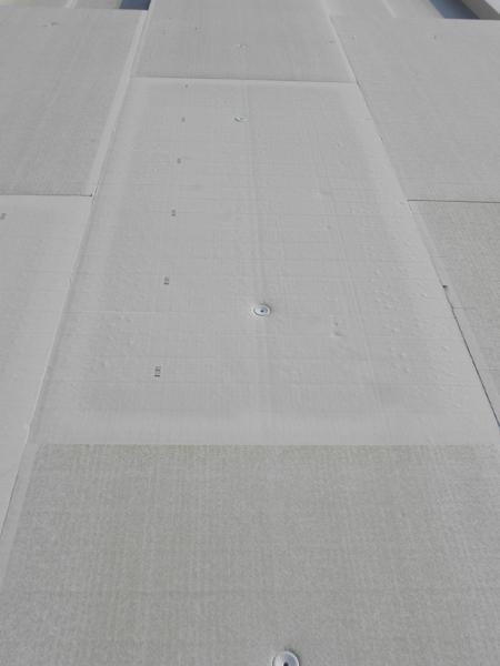 PIR táblákkal sík, deformációmentes felület hozható létre